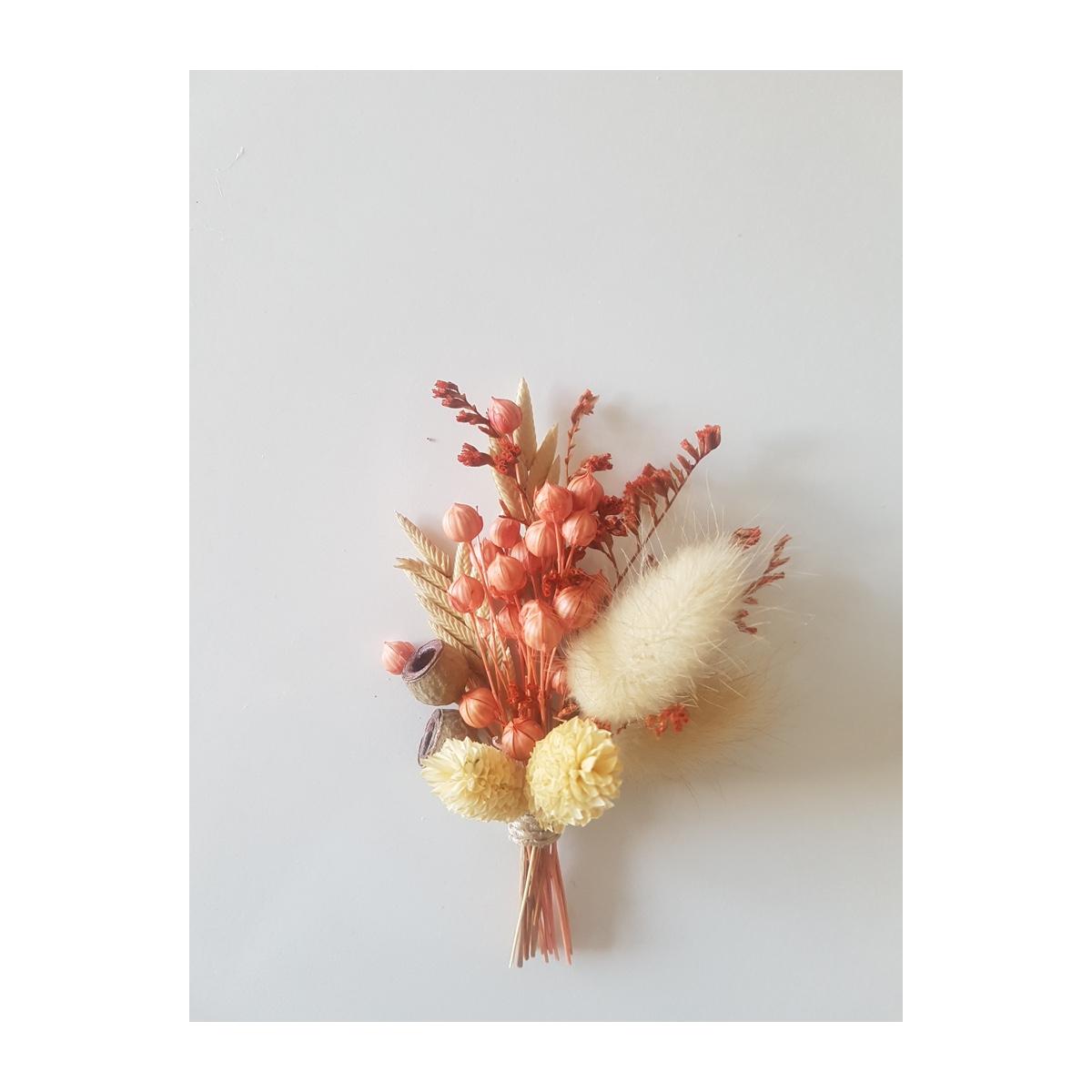 Eylül Yaka Çiçeği